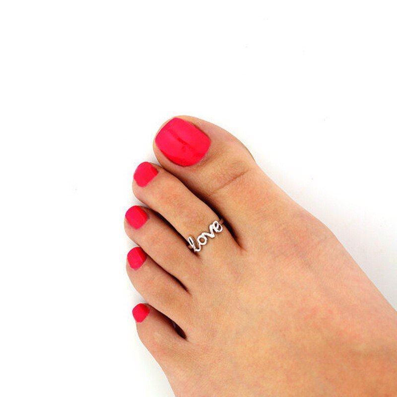 đeo nhẫn ngón chân phong thủy