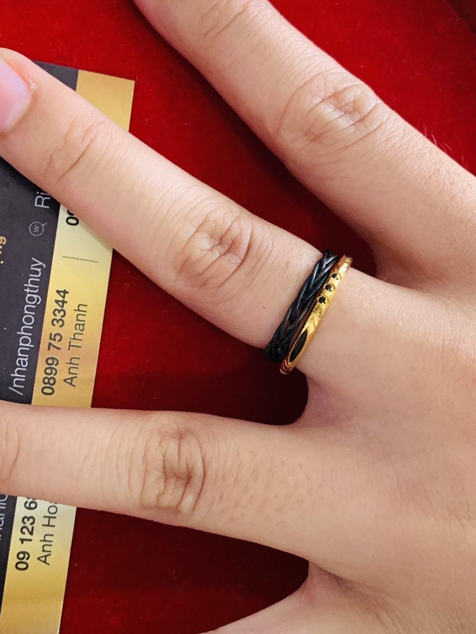 Nhẫn lông voi đeo ngón nào