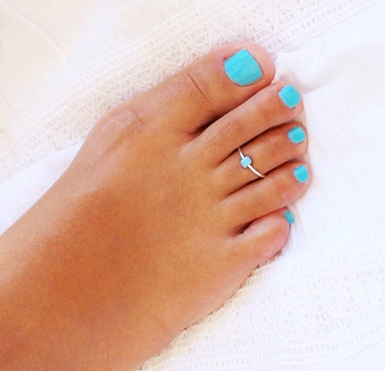 ý nghĩa đeo nhẫn ngón chân