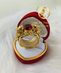 Nhẫn tỳ hưu vàng 3D đính Garnet phong thủy mệnh HỎA - THỔ