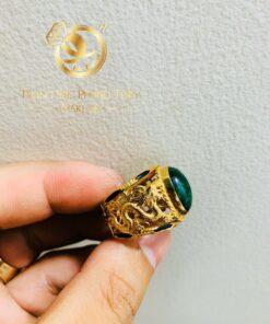 Nhẫn rồng rồng cuộn bay Sapphire xanh lá hợp mệnh MỘC – HỎA riogems