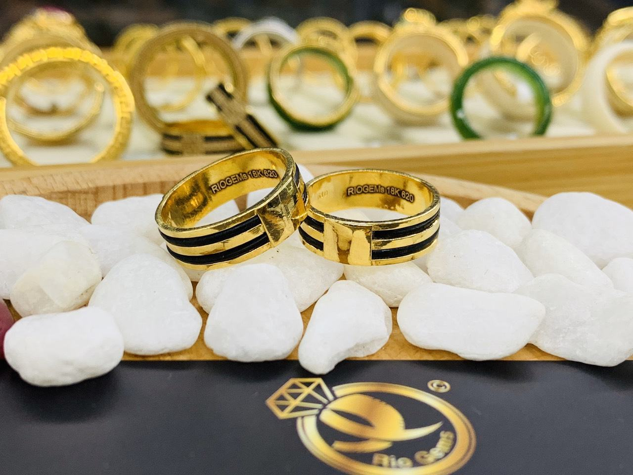 Cặp nhẫn 2 lông voi làm tay vàng phong thủy
