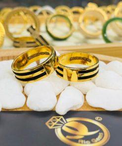 Cặp nhẫn 2 lông làm tay vàng 18K khắc tên MIỄN PHÍ (lông fake)