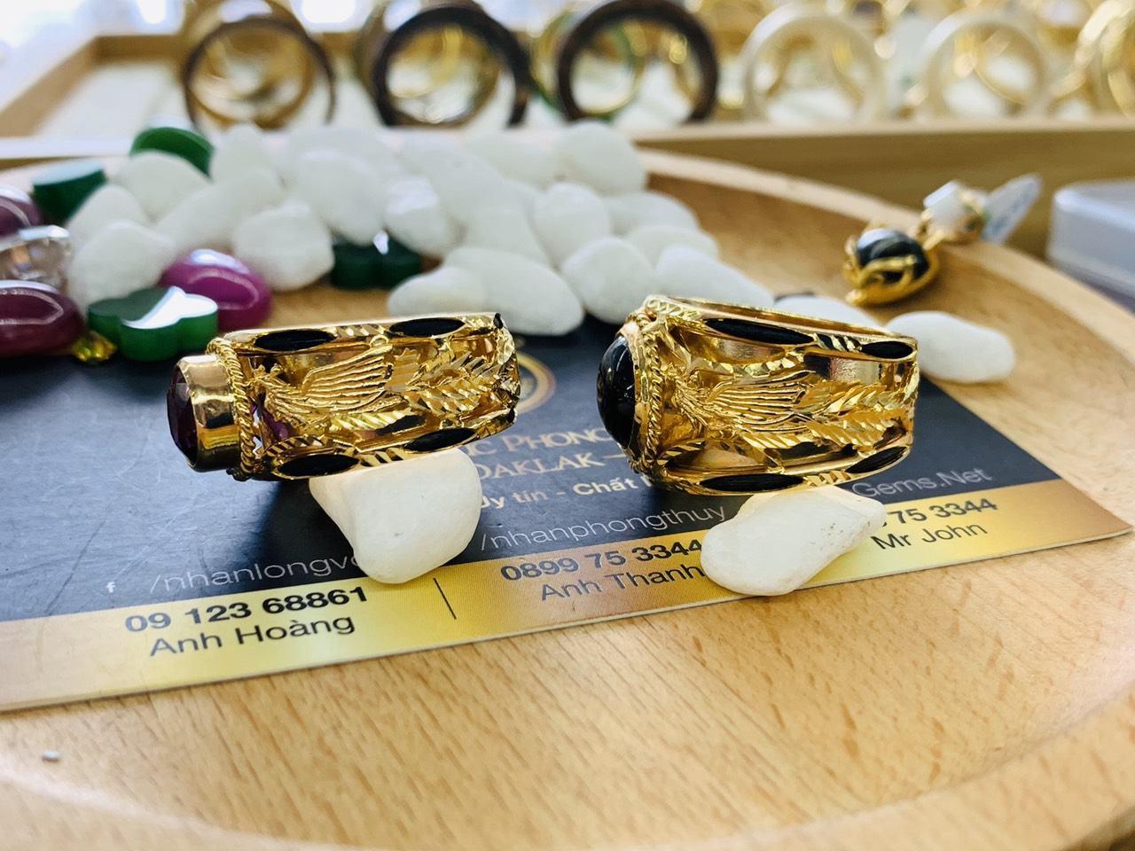 Cặp nhẫn Rồng Phụng vàng 18K chầu ngọc CZ Riogems