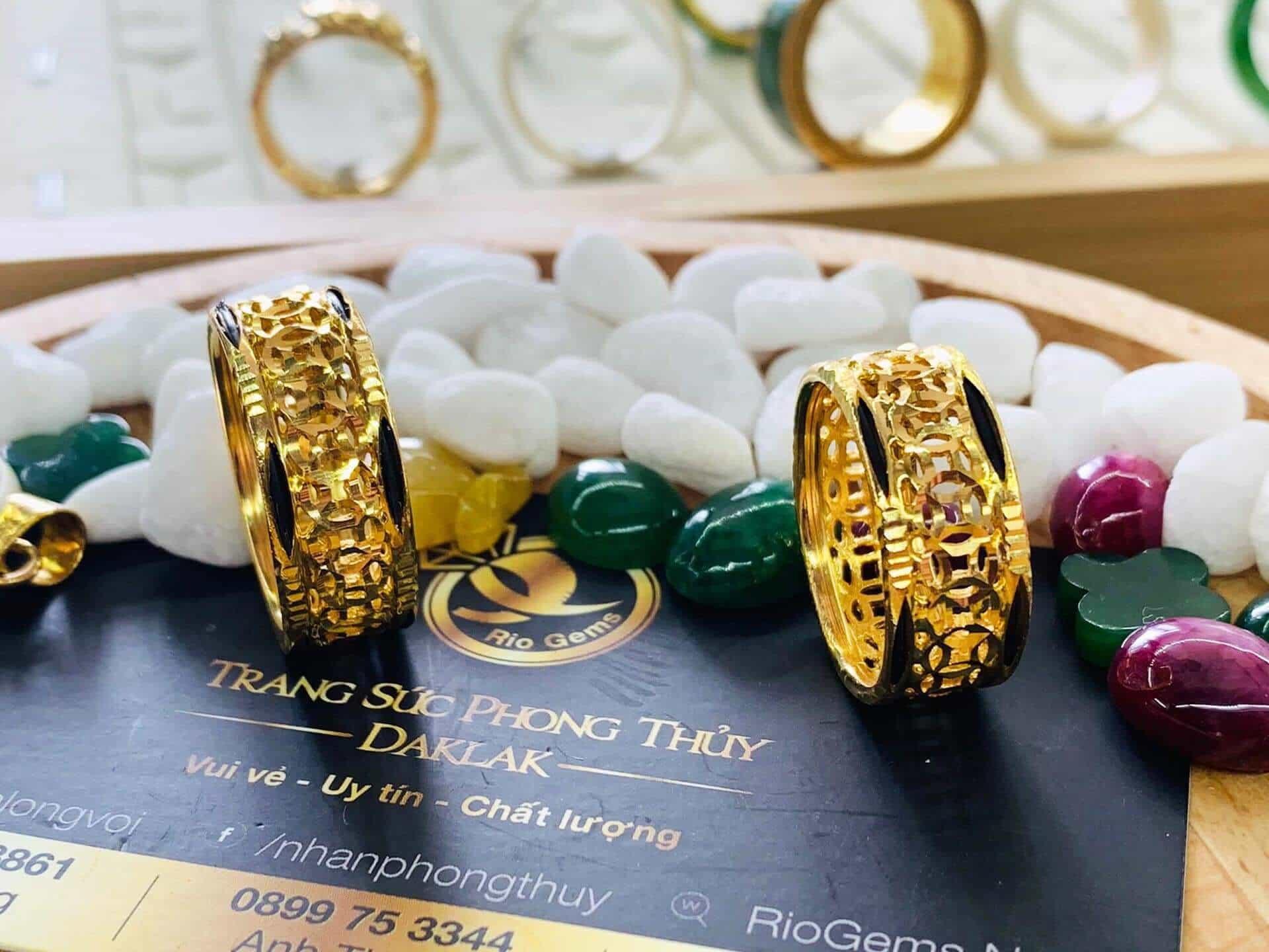 Cặp nhẫn kim tiền vàng 18K phong thủy