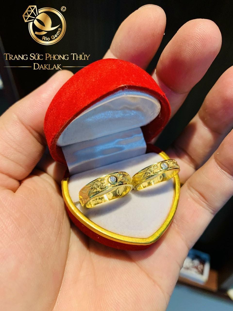 Cặp nhẫn rồng phụng vàng đính Xoàn