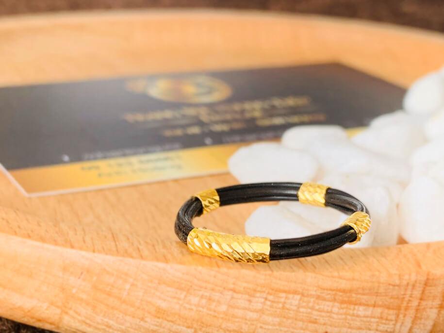 Nhẫn 4 lông bọc vàng phong thủy Riogems
