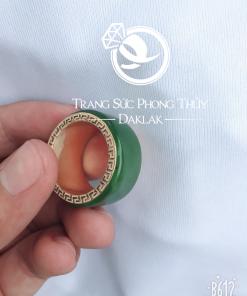 Nhẫn Ngọc Bích Canada viền hoa văn vàng phong thủy - Bảng 10li