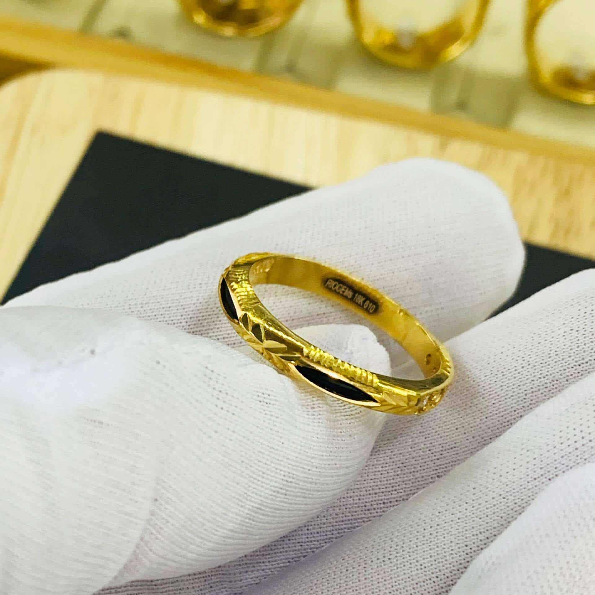 Nhẫn Ngũ Phúc vàng 18K đính đá Cz phong thủy Riogems