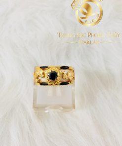 Nhẫn Rồng Phụng mini vàng 18K chầu ngọc đen CZ