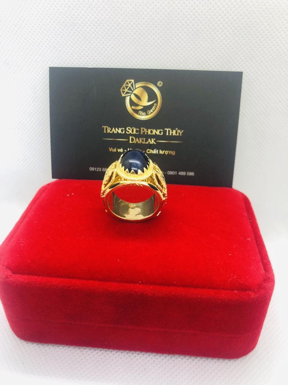 Nhẫn Rồng vàng 18K đính  ngọc Sapphire đen