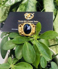 Nhẫn Rồng vàng 18K chầu ngọc Sapphire đen