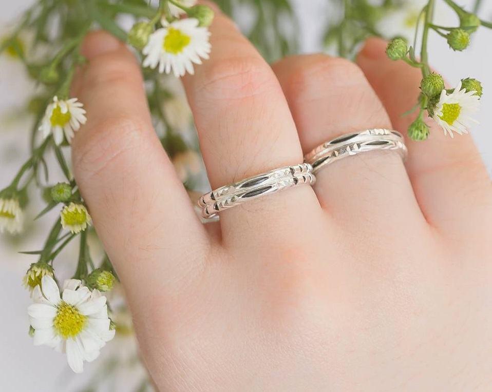 Nhẫn bạc ta nam nữ xỏ lông phong thủy Riogems