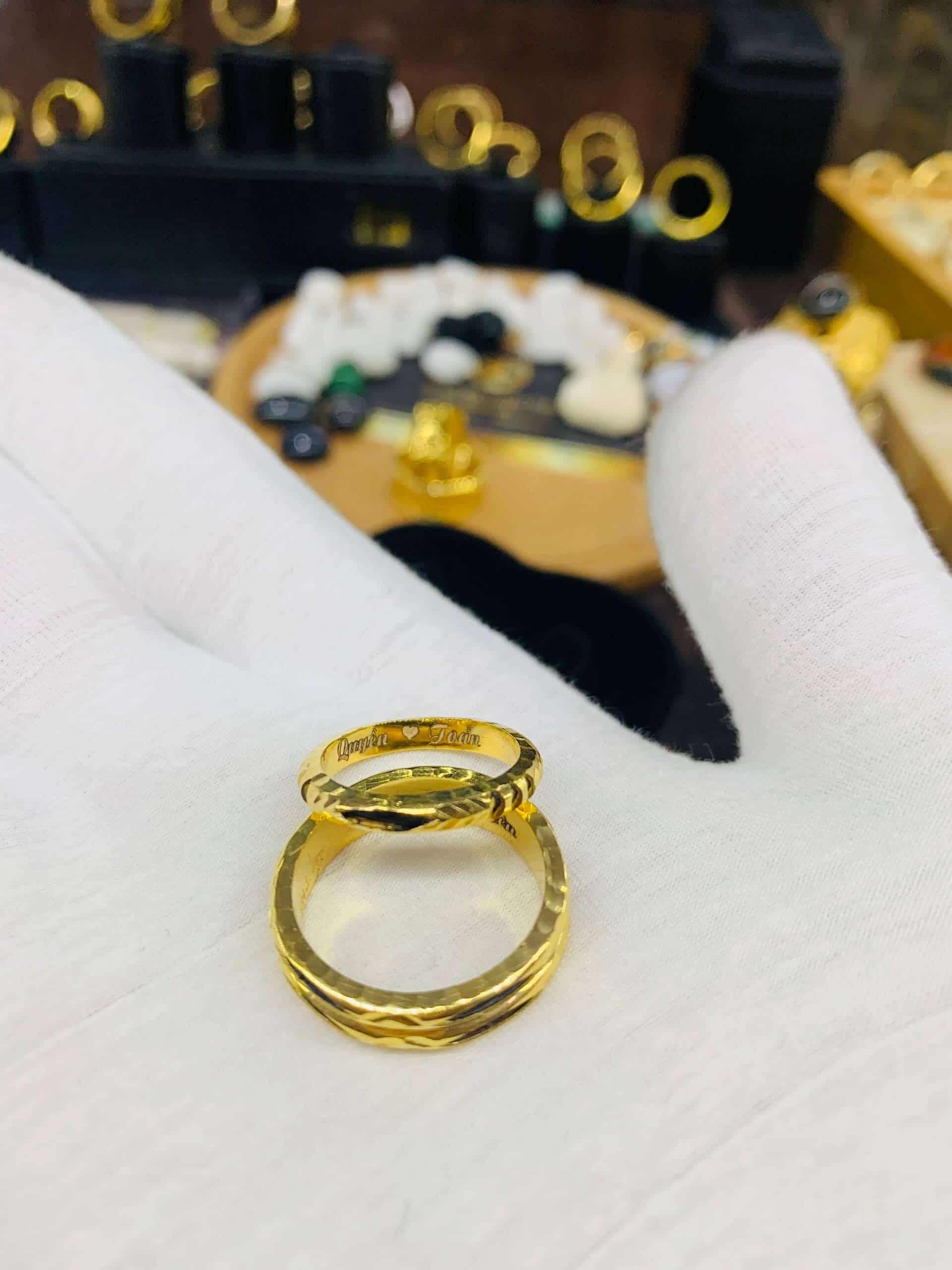 Nhẫn vàng cặp 18k