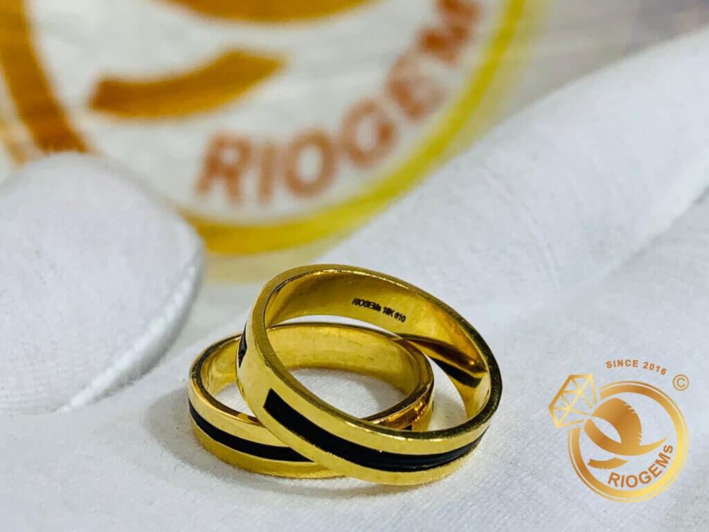 Nhẫn cặp vàng 18K 1 luồng lông phong thủy Riogems