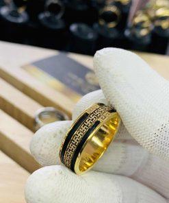 Nhẫn chữ vạn vàng 18K