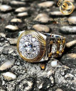 Nhẫn đồng hồ nam bằng vàng đính Moissanite được gia công tại xưởng Riogems