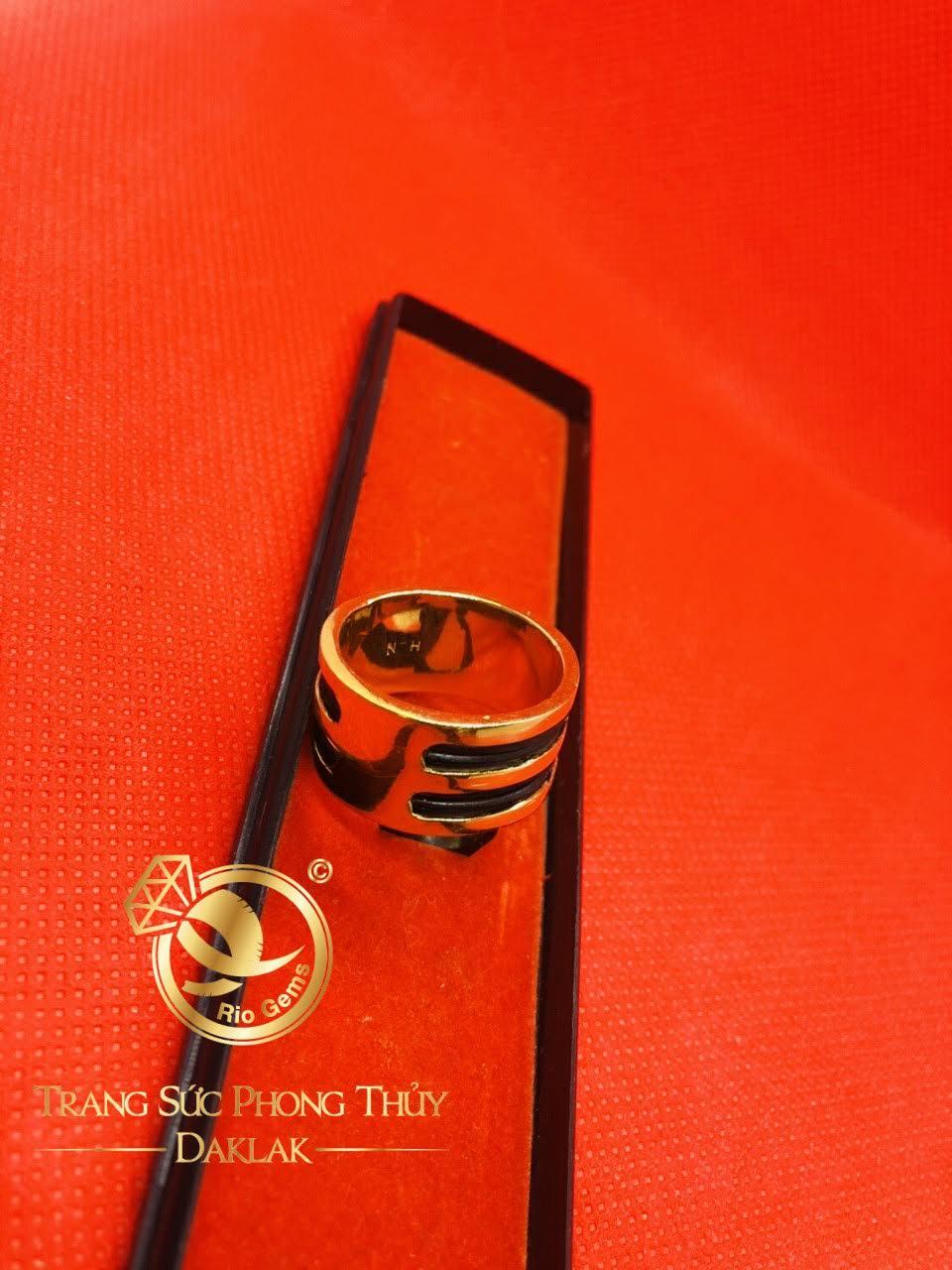 Nhẫn nam vàng 18K Phong thủy Riogems