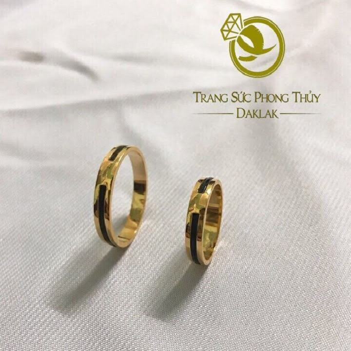 Nhẫn nam nữ làm tay 1 sợi vàng 18K xỏ 1 lông FAKE - bảng 3mm