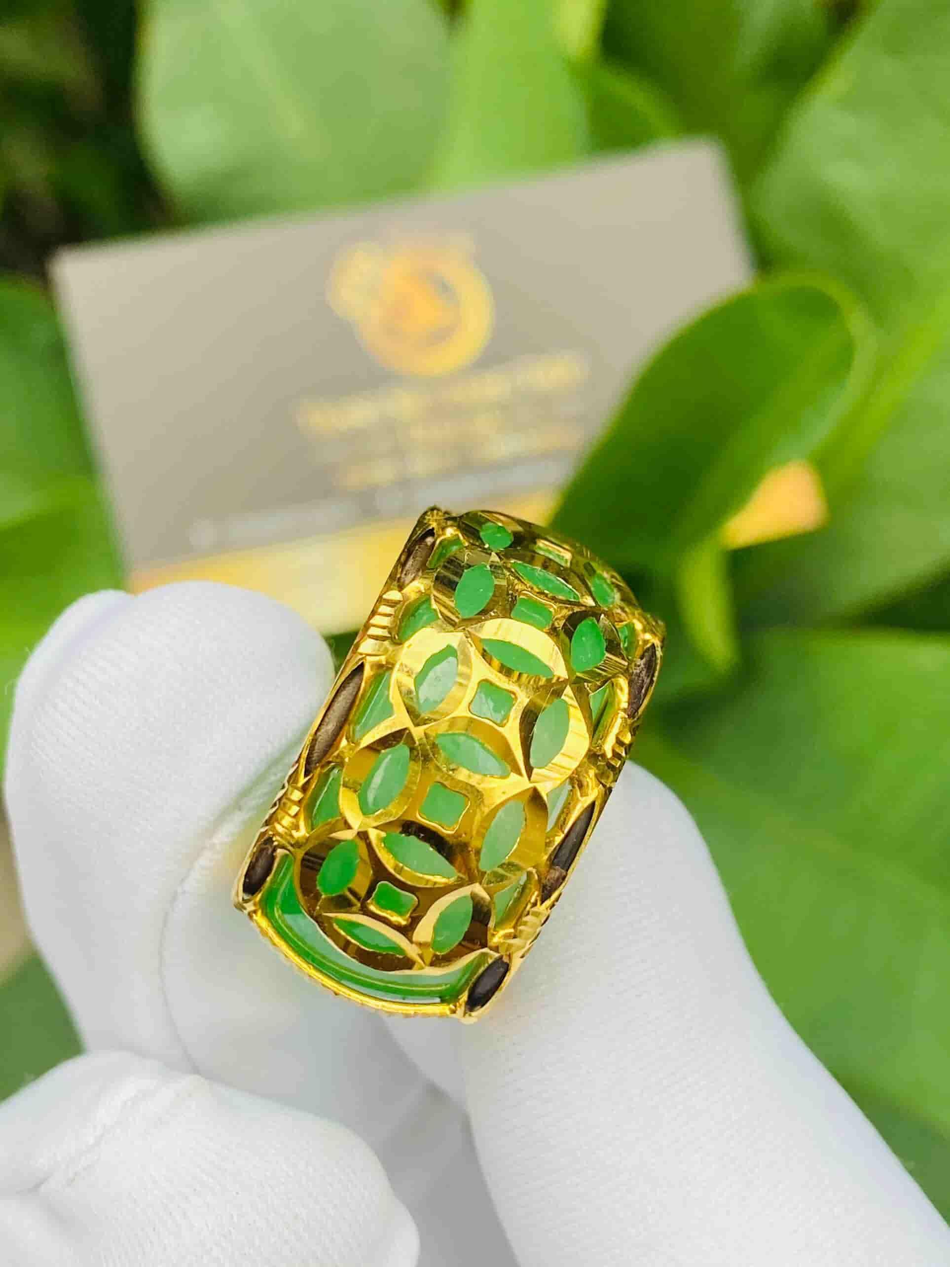 Nhẫn ngọc Cẩm Thạch 5 Đồng Tiền bọc vàng phong thủy