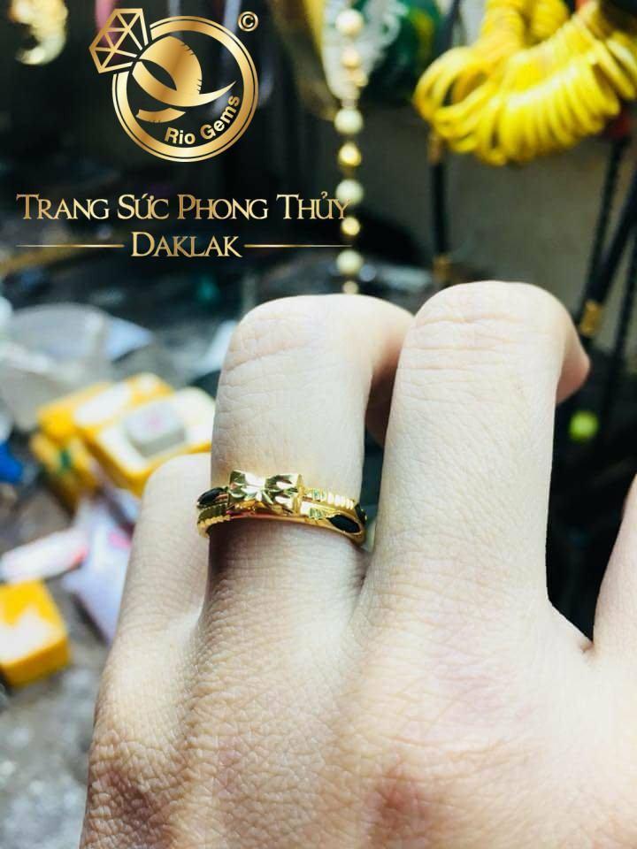 Nhẫn nữ hình Nơ vàng 18K hợp chị em tay nhỏ (lông FAKE)