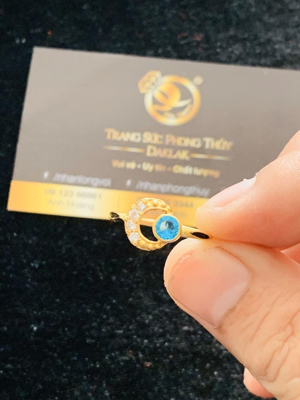 Nhẫn nữ vàng 18K đính đá Cz hình mặt trăng khuyết