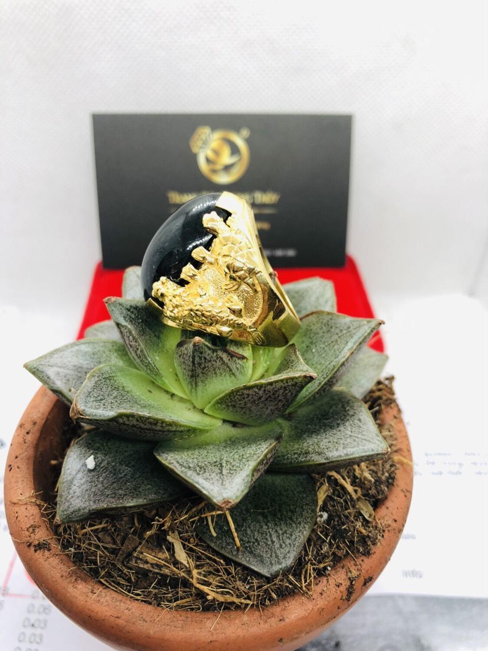 Nhẫn tứ Linh VÀNG 18K sapphire đen phong thủy