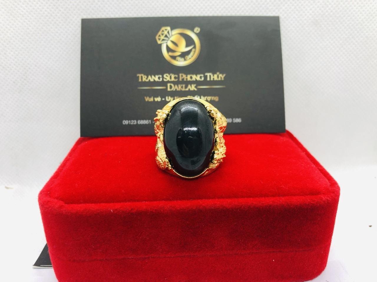 Nhẫn tứ Linh VÀNG 18K sapphire đen mệnh THỦY - MỘC.jpg