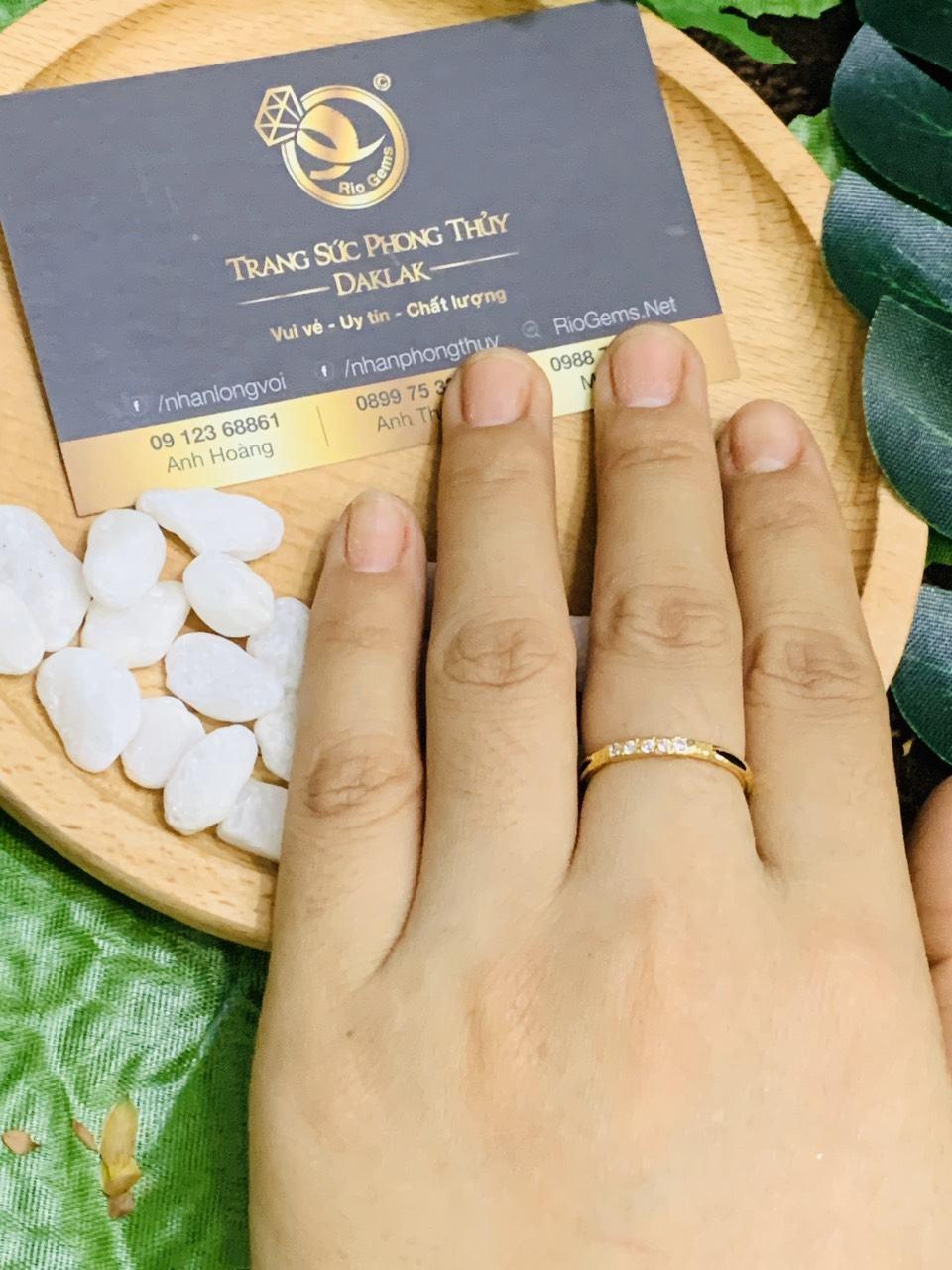 Nhẫn vàng 18K đính đá Cz phong thủy Riogems