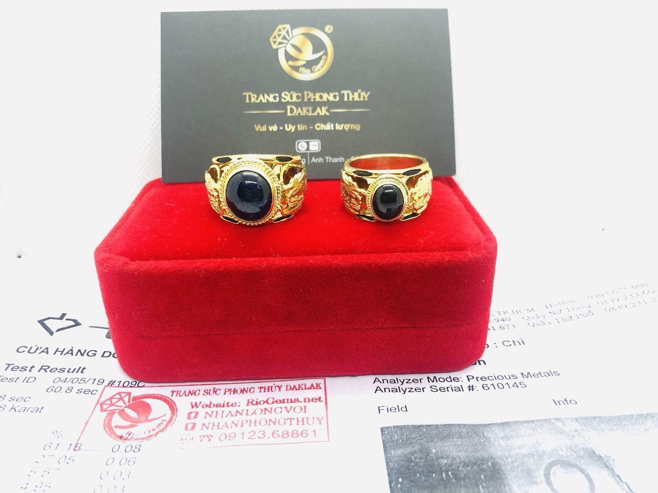 Nhẫn vàng gắn đá Saphia xanh đen hình Rồng Riogems