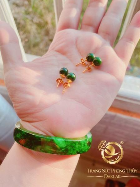Bông tai ngọc Jade lên vàng phong thủy RIOGEMs chẳng kén khuôn mặt, chẳng kén màu da