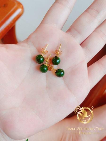 Bông tai ngọc Jade lên vàng phong thủy RIOGEMs chất chứa nhiều ý nghĩa