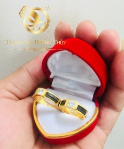 Cặp nhẫn đính đá Cz phong thủy theo mệnh vàng 18K luồng 1 lông voi RIOGEMs