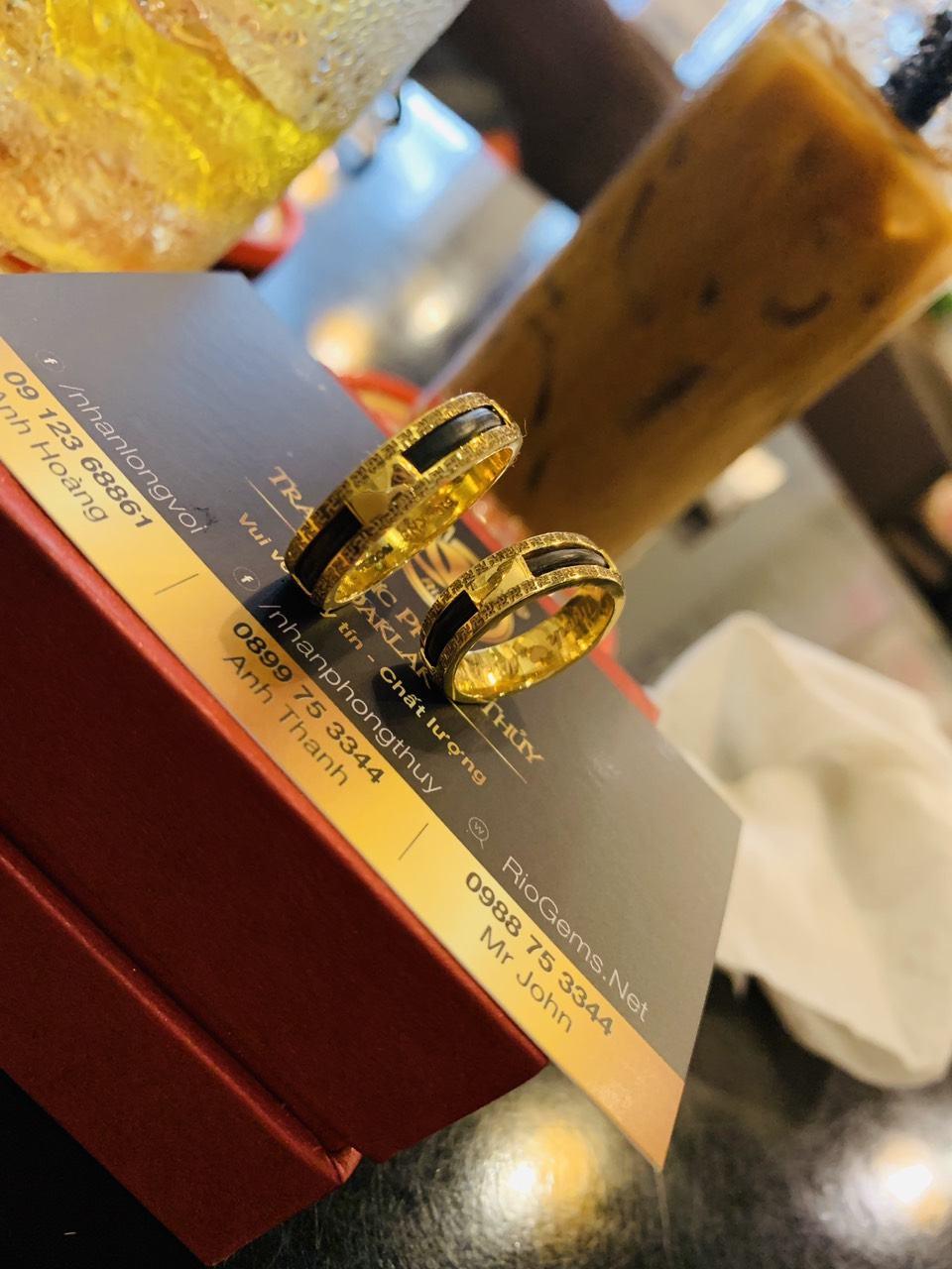 nhẫn chữ vạn cặp vàng 18K