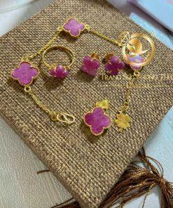 Mặt dây chuyền đá Ruby đính vàng phong thủy mang ý nghĩa tốt đẹp