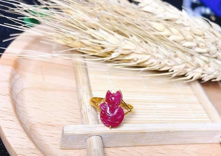 Mặt dây hồ ly bọc vàng phong thủy mang đến sự tinh thông, tỉnh táo