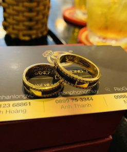 Cặp nhẫn chữ VẠN vàng 18K luồng 1 lông voi - Món quà thể hiện đẳng cấp của bạn