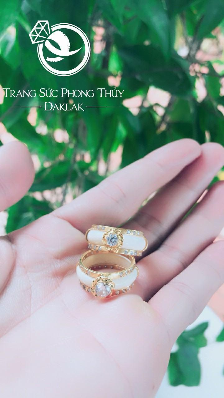Nhẫn cưới lông voi đẹp đính đá hot nhất