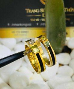 Nhẫn cưới vàng 18K dưới 3 triệu đính đá Cz & luồng lông FAKE tinh tế