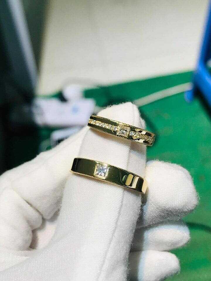 Nhẫn đính hôn vàng 18K đính đá Cz hợp mệnh cặp đôi đẹp nhất