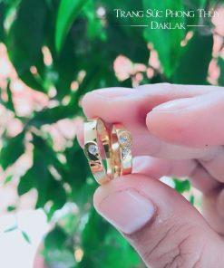 Nhẫn đính hôn vàng 18k