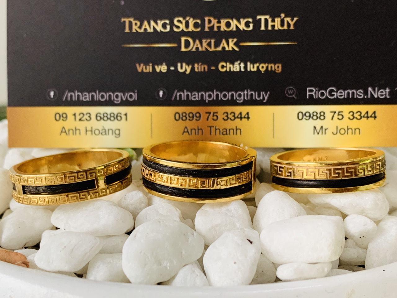 nhan long voi 1 hang hoa van 2 vien long voi vang phong thuy riogems (4)