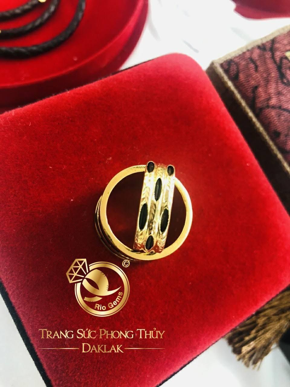 Nhẫn lông voi 3 vòng bằng vàng 18k chất