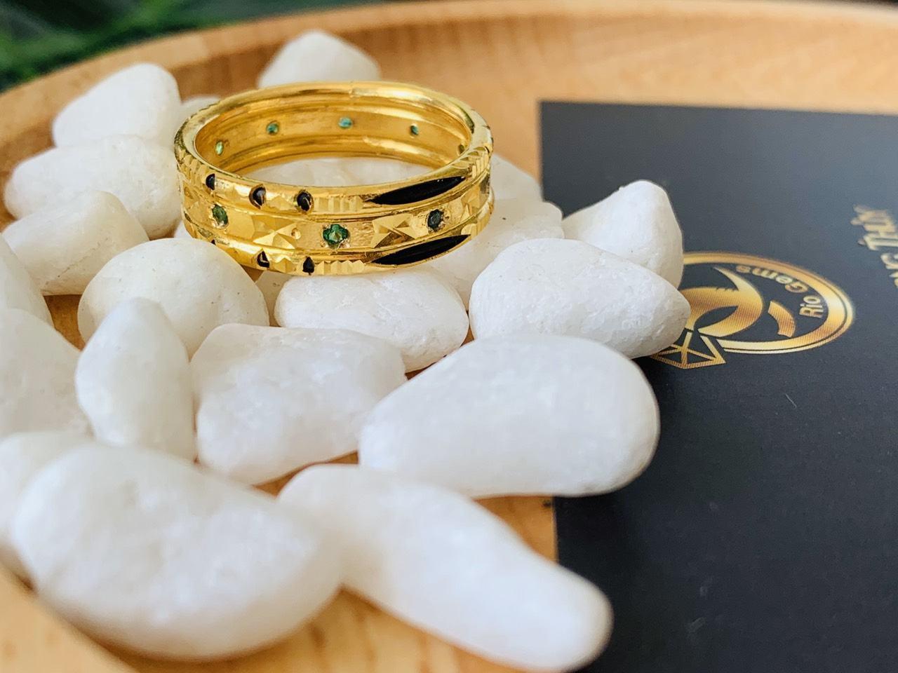 nhẫn lông voi đính đá xanh RioGems