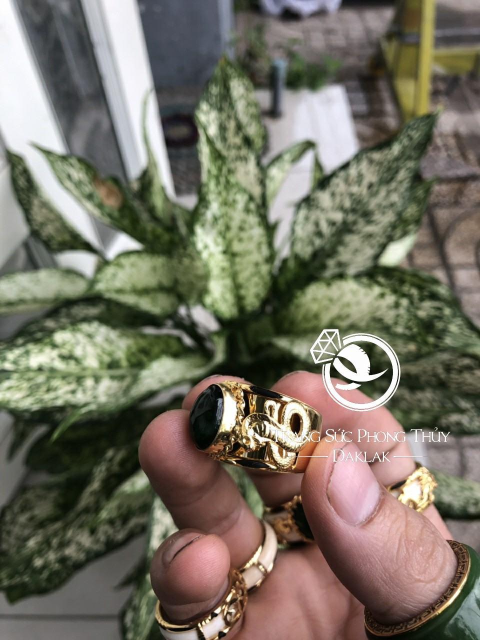 Nhẫn lông voi đẹp 2 rắn hạt xanh lục tphcm