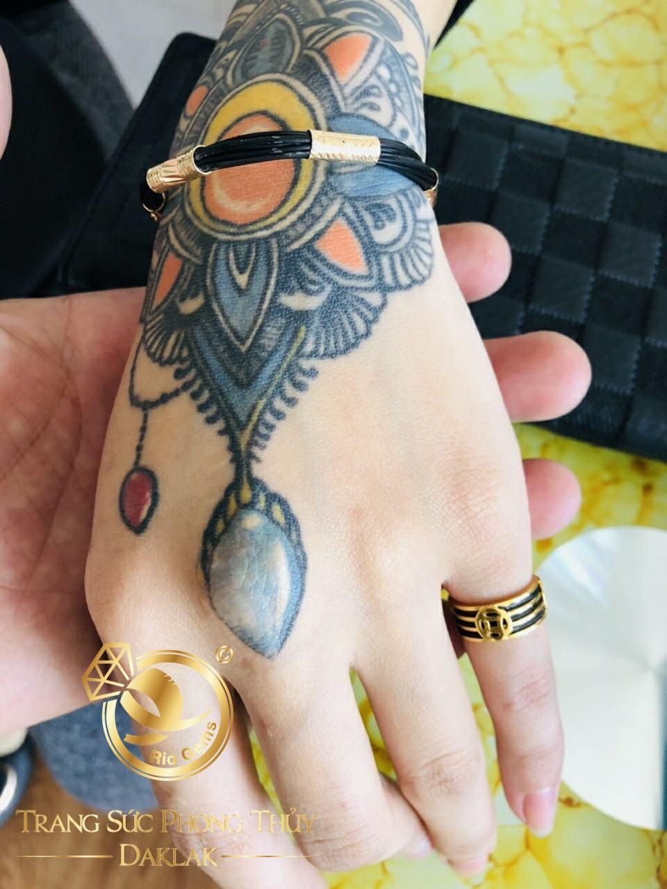 nhẫn lông voi tài lộc ngón út 2 lông 3 đồng tiền vàng