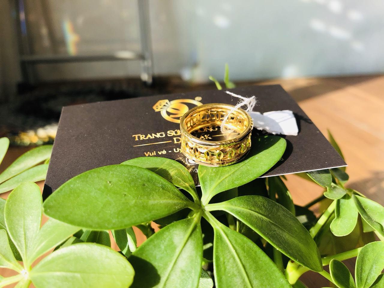 Nhẫn lông voi vàng đẹp kim tiền chất