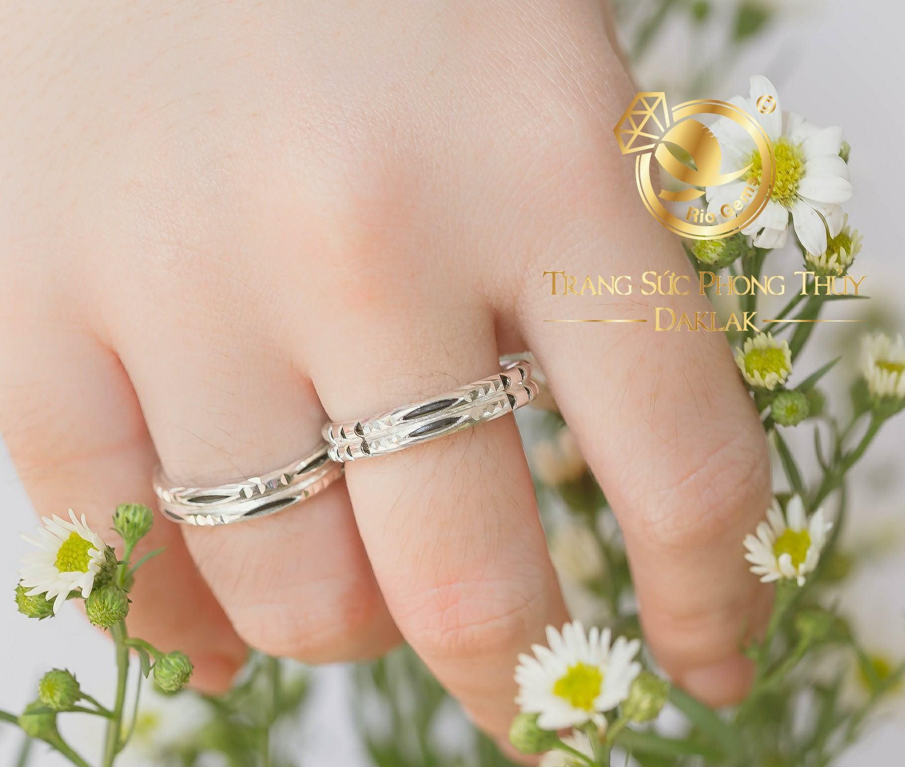 Nhẫn lông voi vàng trắng hot