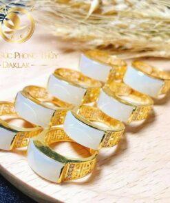 nhẫn yên ngựa phong thủy vàng đẹp Riogems