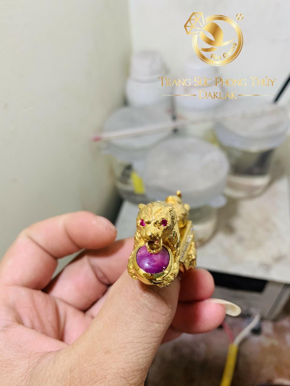 Nhẫn nam hình con hổ vàng